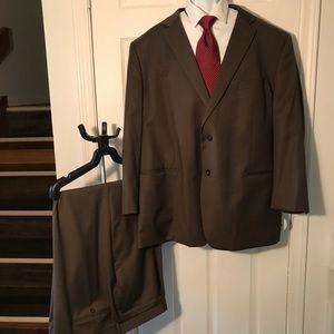Tommy Hilfinger Brown Suit 54R/ 46
